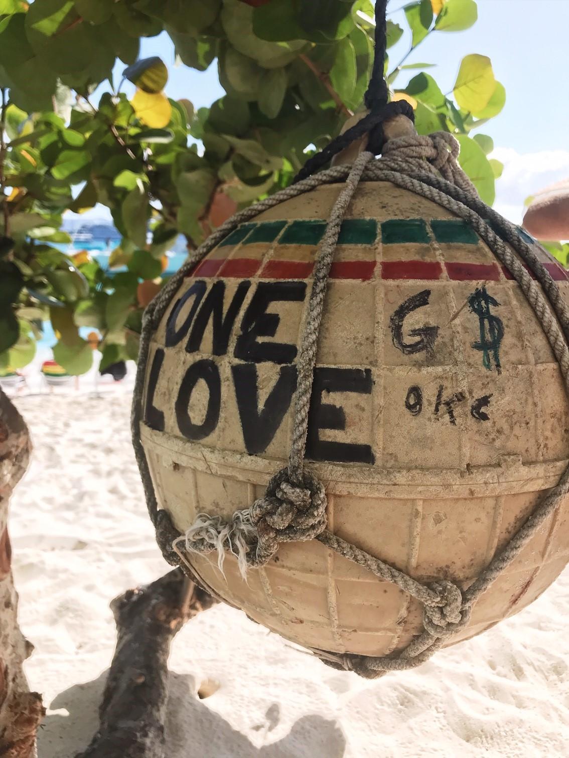 One Love Jost van Dyke - Eating out in the British Virgin Islands