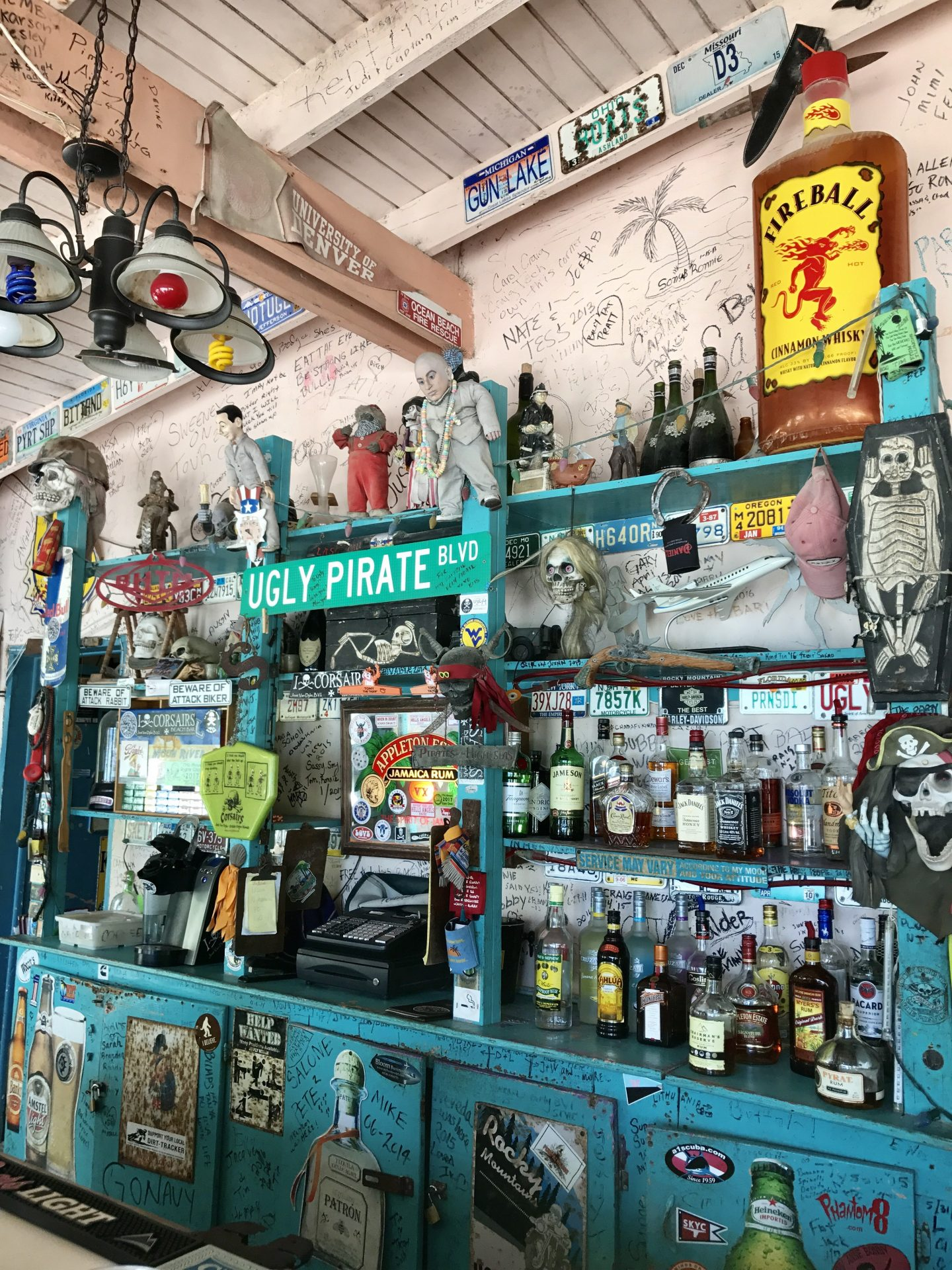 Corsairs Beach Bar & Restaurant, Jost Van Dyke